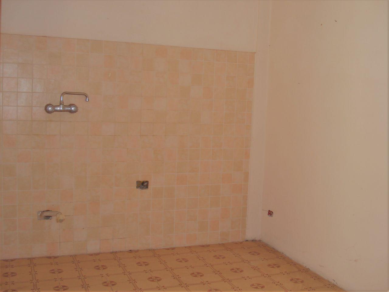 Appartamento in vendita a Vernio, 4 locali, zona Località: VAIANO, prezzo € 135.000 | Cambio Casa.it