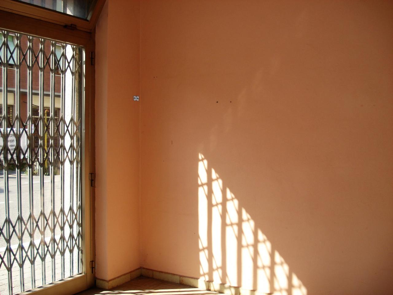 Negozio / Locale in affitto a Vernio, 1 locali, prezzo € 200 | CambioCasa.it