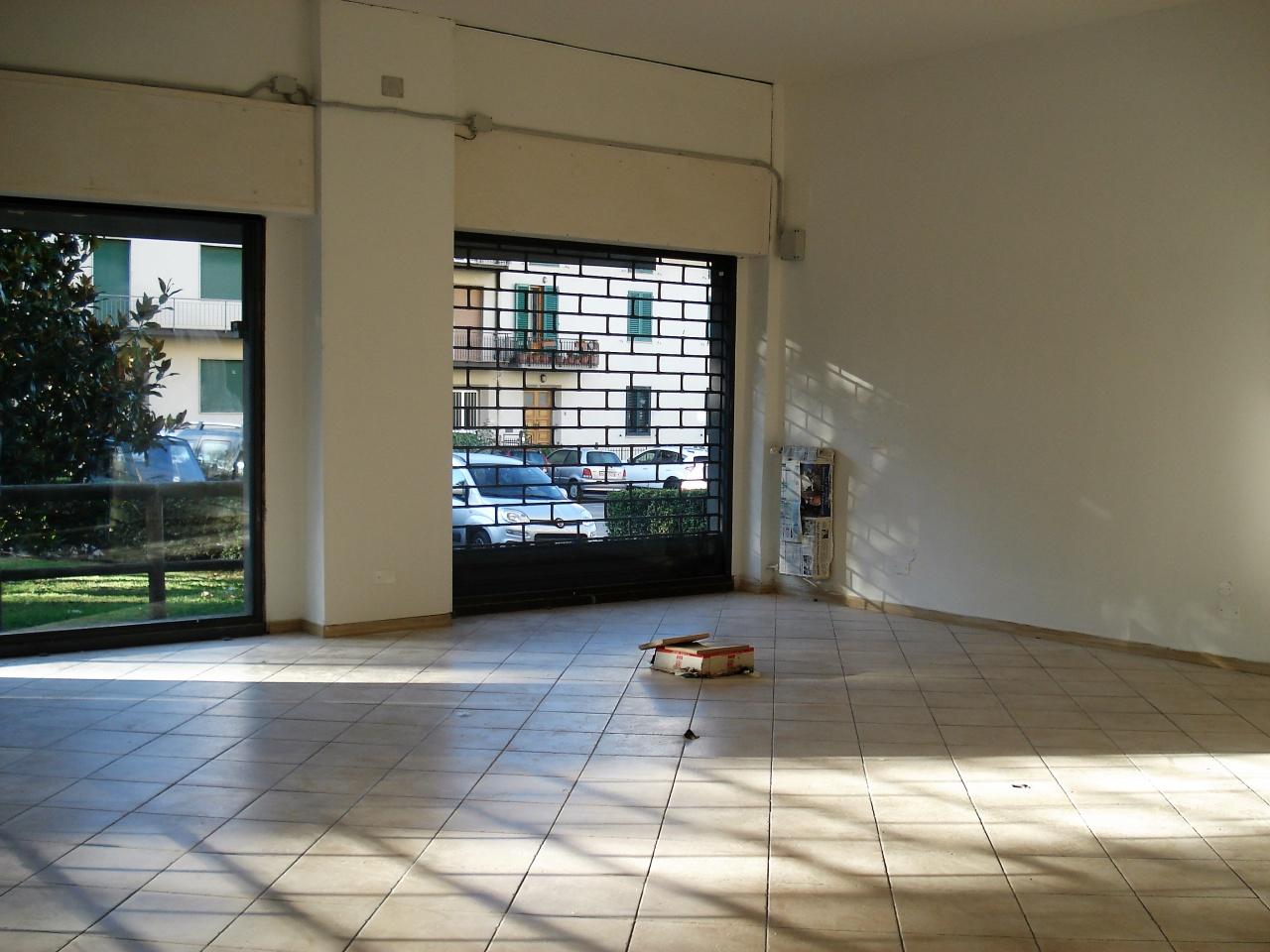 Negozio / Locale in affitto a Vaiano, 9999 locali, prezzo € 800   CambioCasa.it