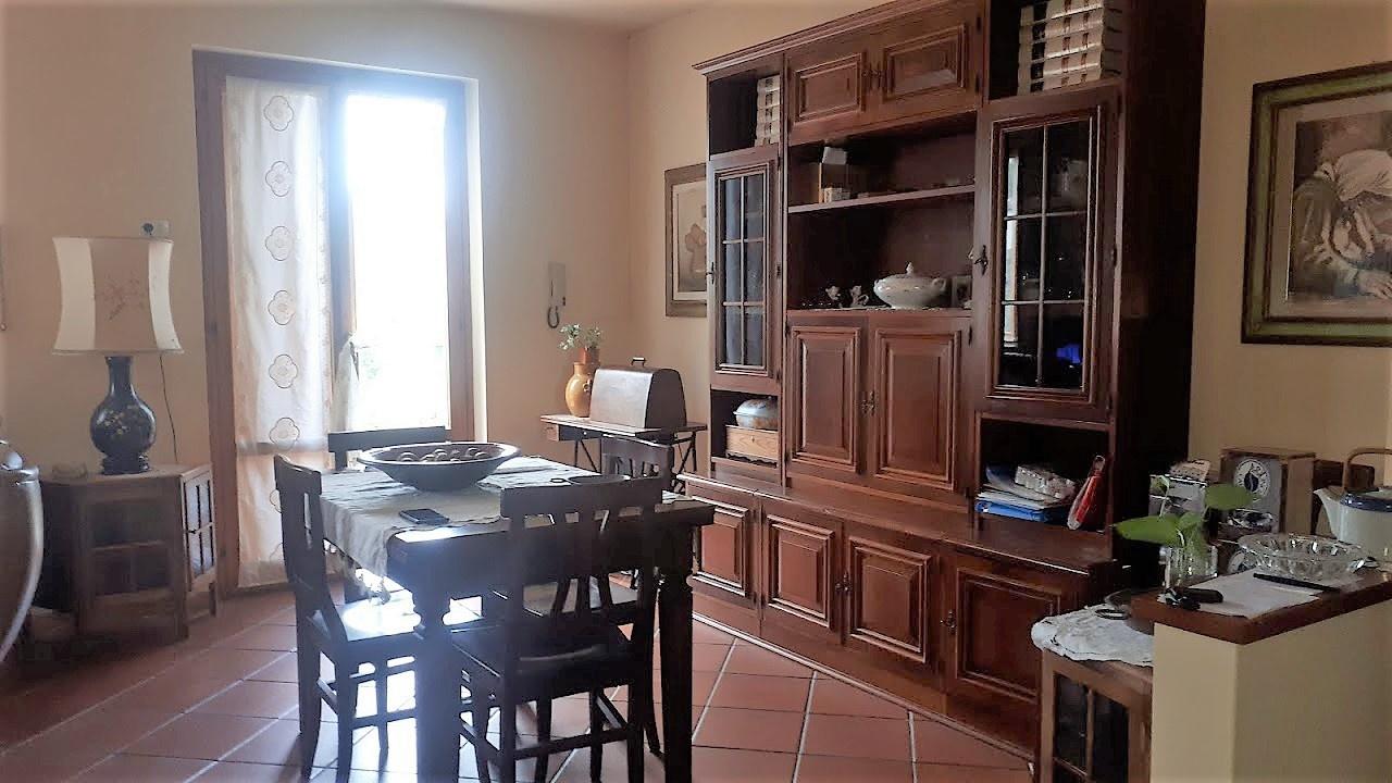 Casa Indipendente in buone condizioni in vendita Rif. 10345082