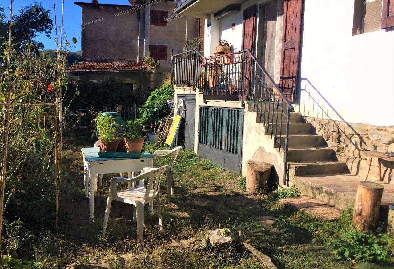 Casa Indipendente in buone condizioni in vendita Rif. 10483409