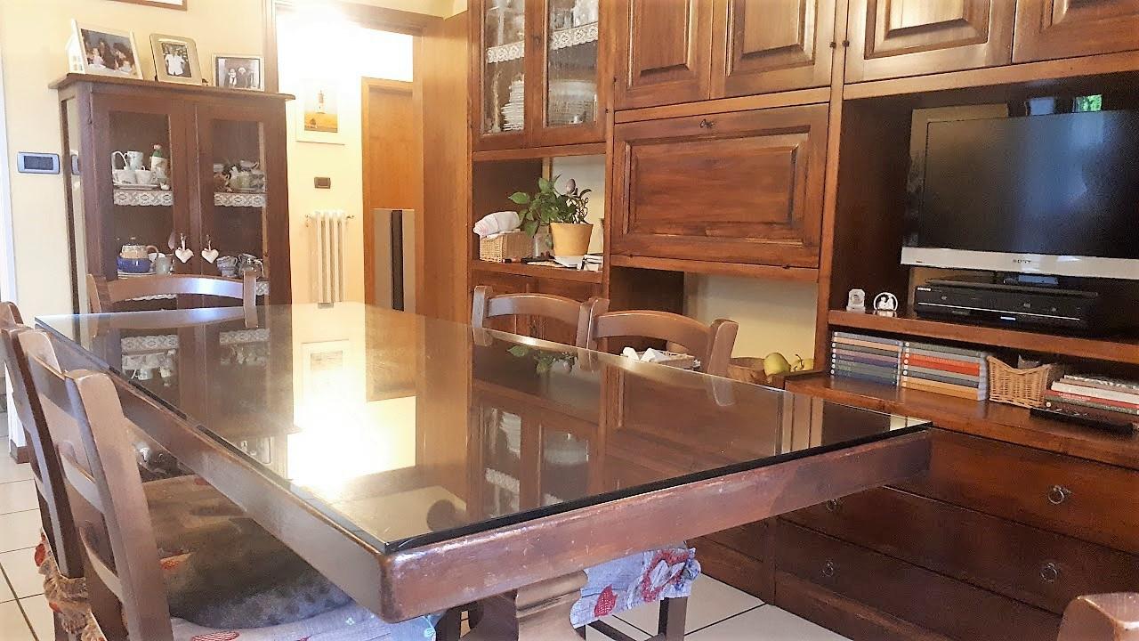 Soluzione Indipendente in vendita a Cantagallo, 4 locali, prezzo € 120.000   CambioCasa.it