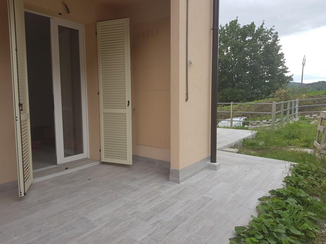 Soluzione Indipendente in vendita a Vernio, 3 locali, prezzo € 185.000 | CambioCasa.it