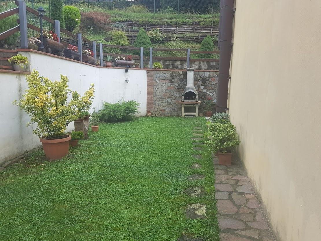 Villa a Schiera in vendita a Vernio, 3 locali, prezzo € 130.000 | CambioCasa.it