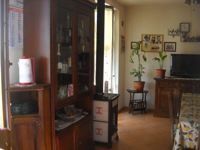 Appartamento in vendita a Monte San Savino, 3 locali, prezzo € 95.000 | Cambio Casa.it