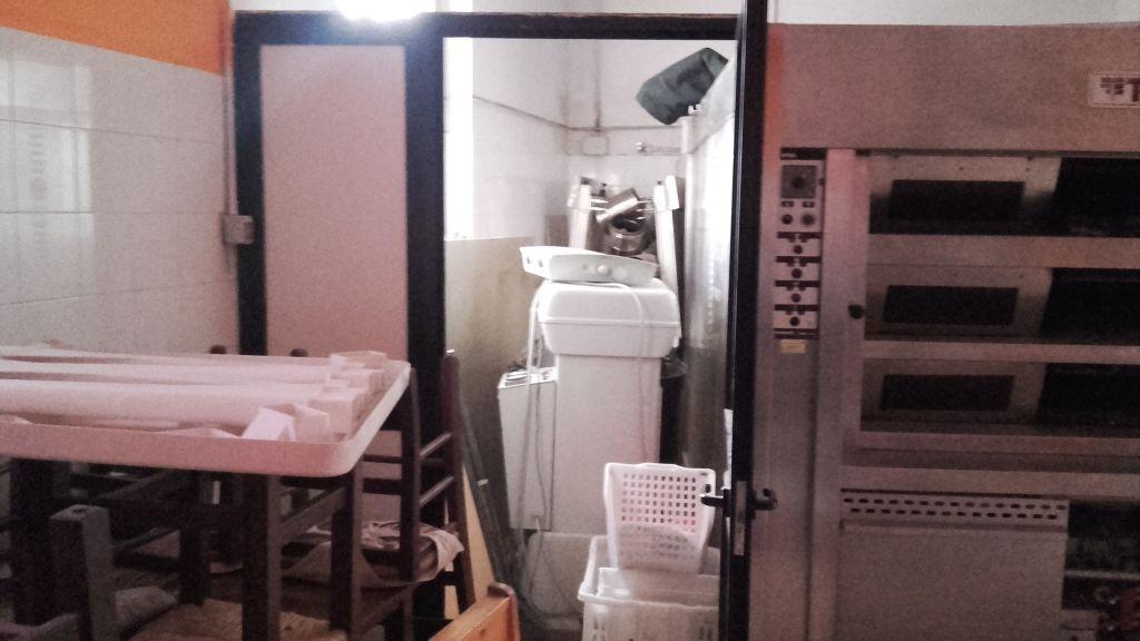 Laboratorio in vendita a Arezzo, 2 locali, Trattative riservate | CambioCasa.it