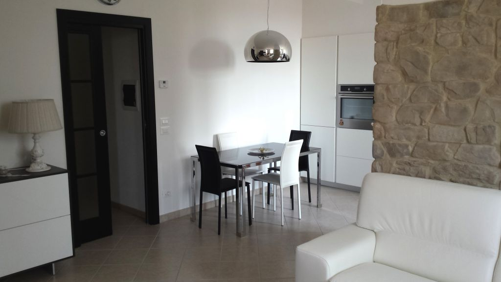 Appartamento in vendita a Capolona, 4 locali, prezzo € 195.000   Cambio Casa.it