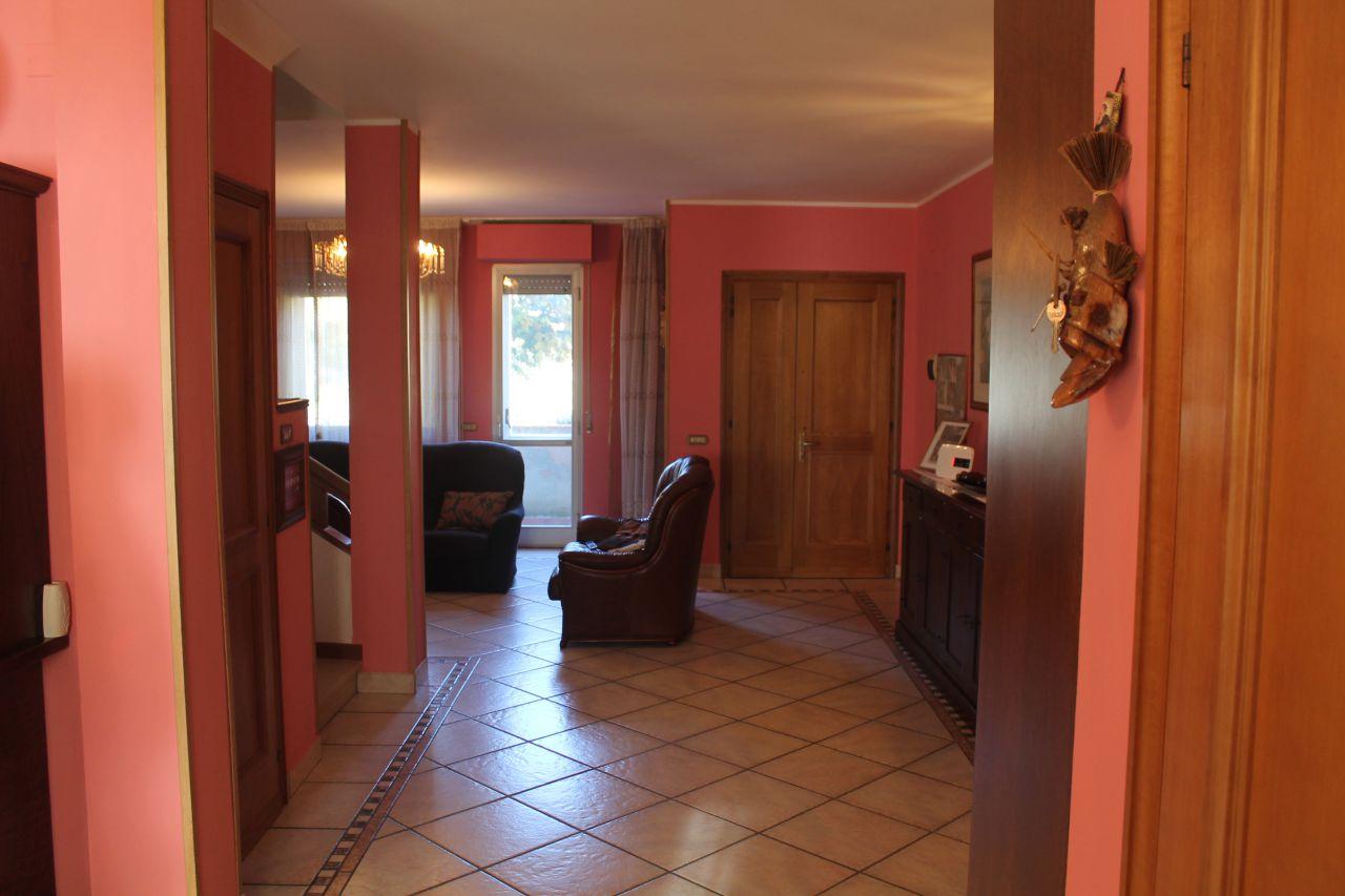Villa a Schiera in vendita a Castiglion Fibocchi, 6 locali, Trattative riservate | CambioCasa.it
