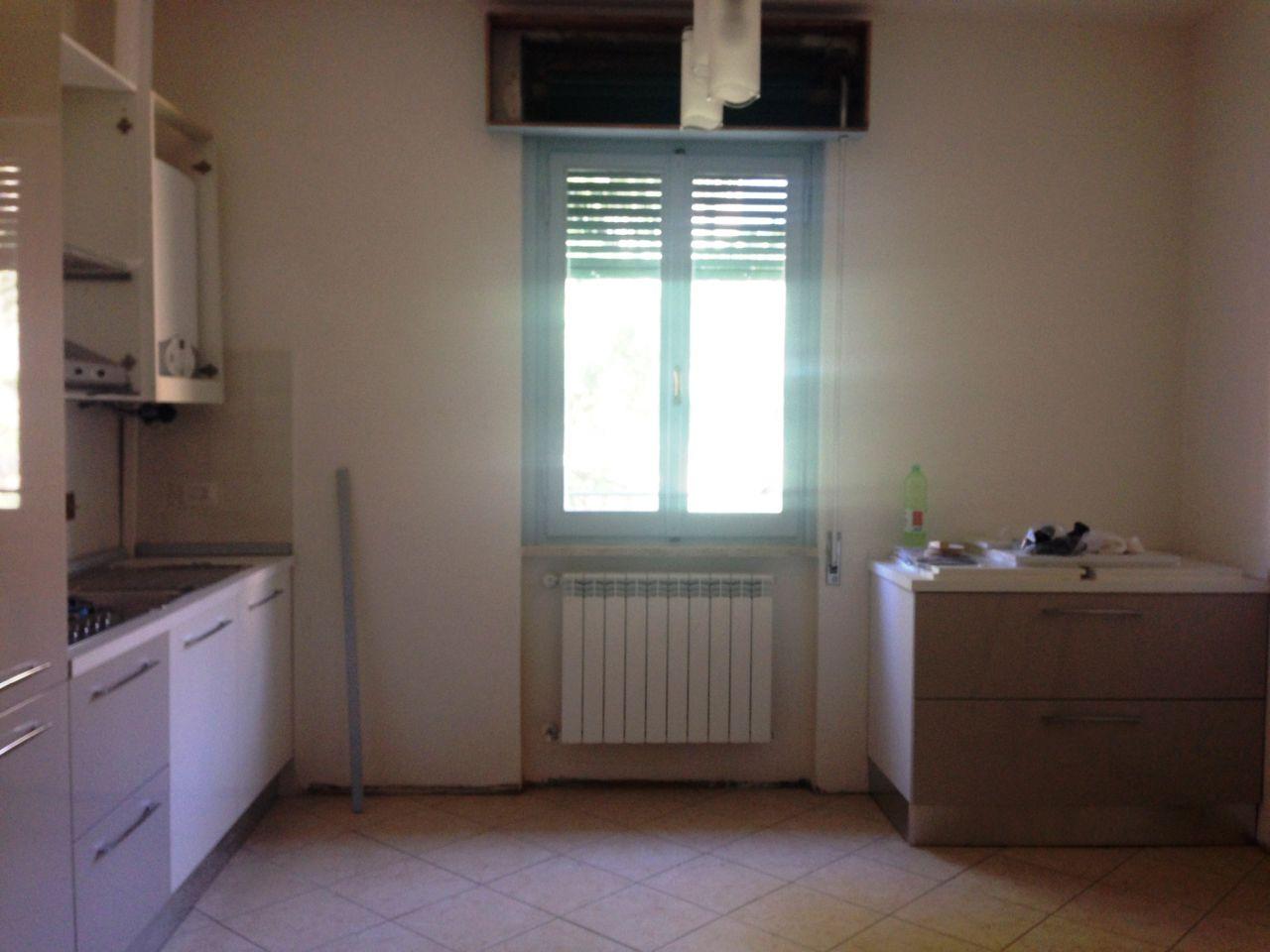 Appartamento in affitto a Arezzo, 4 locali, zona Località: VIA VITTORIO VENETO, prezzo € 470 | Cambio Casa.it