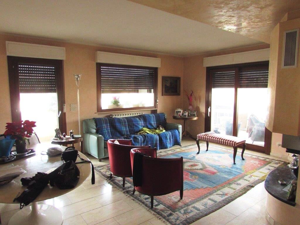 vendita attico mansarda in arezzo rif. e92