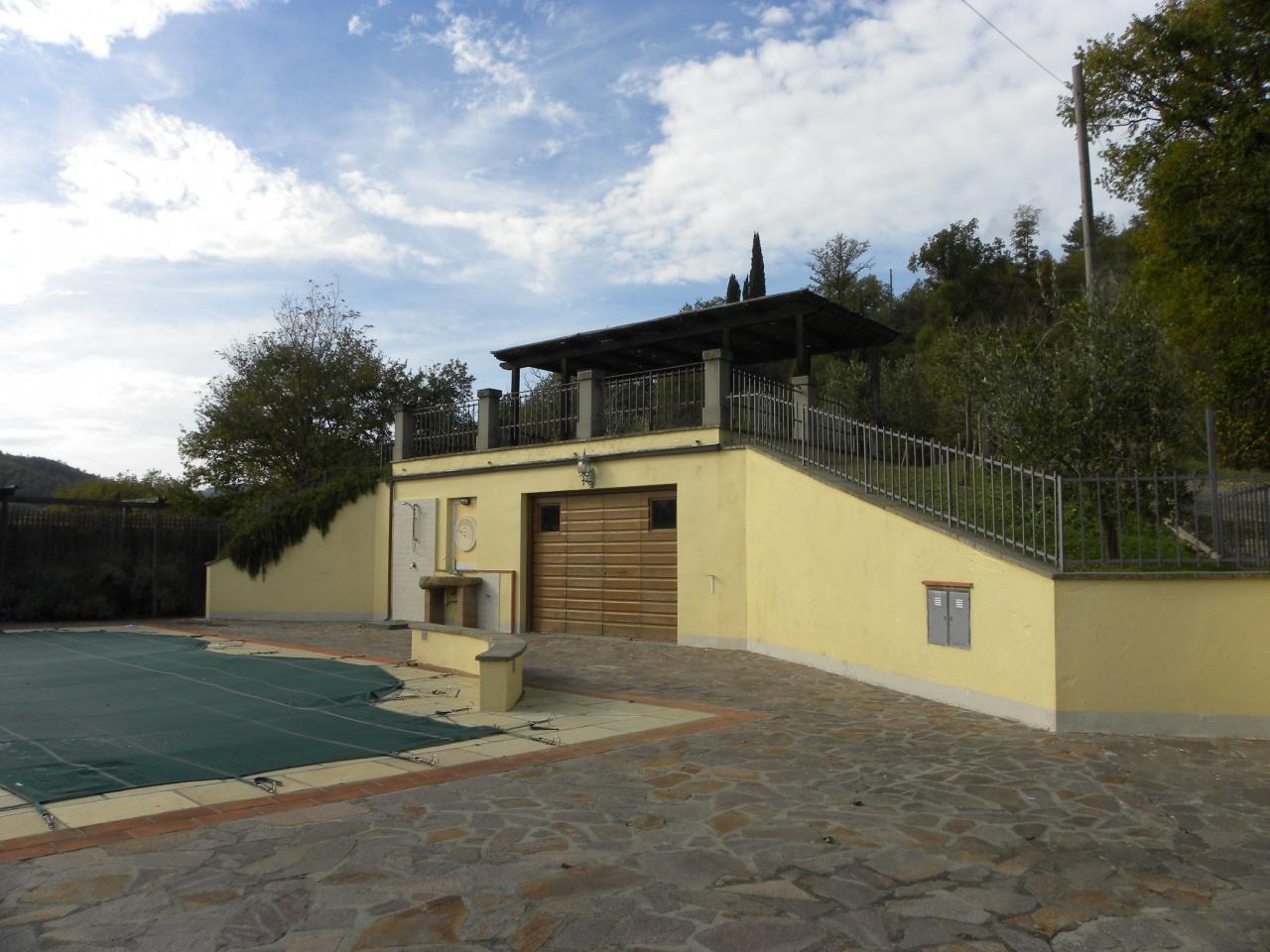 Villa a Schiera in vendita a Talla, 6 locali, prezzo € 290.000 | CambioCasa.it
