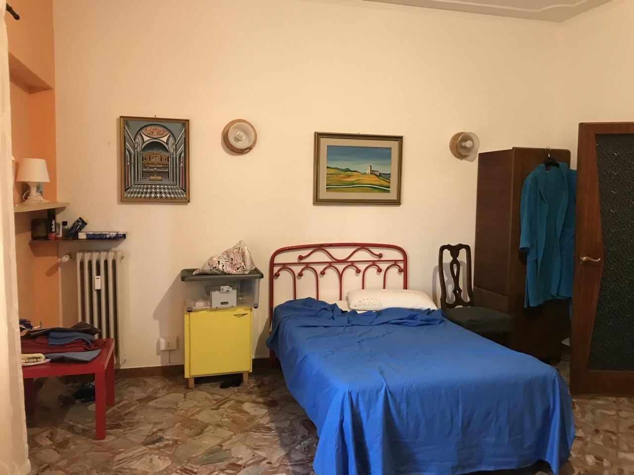 Appartamento, €360, Affitto - Arezzo (Arezzo)