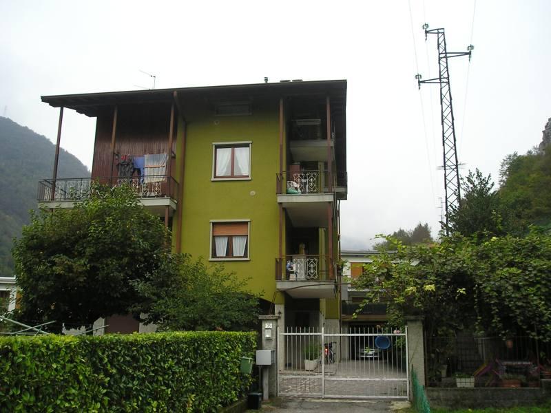 Soluzione Indipendente in vendita a San Pellegrino Terme, 2 locali, prezzo € 35.000 | PortaleAgenzieImmobiliari.it