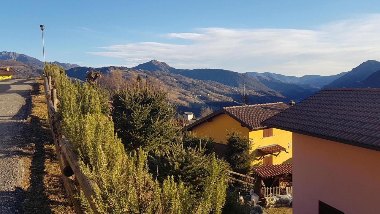 Villa a Schiera in vendita a Camerata Cornello, 3 locali, prezzo € 95.000   PortaleAgenzieImmobiliari.it