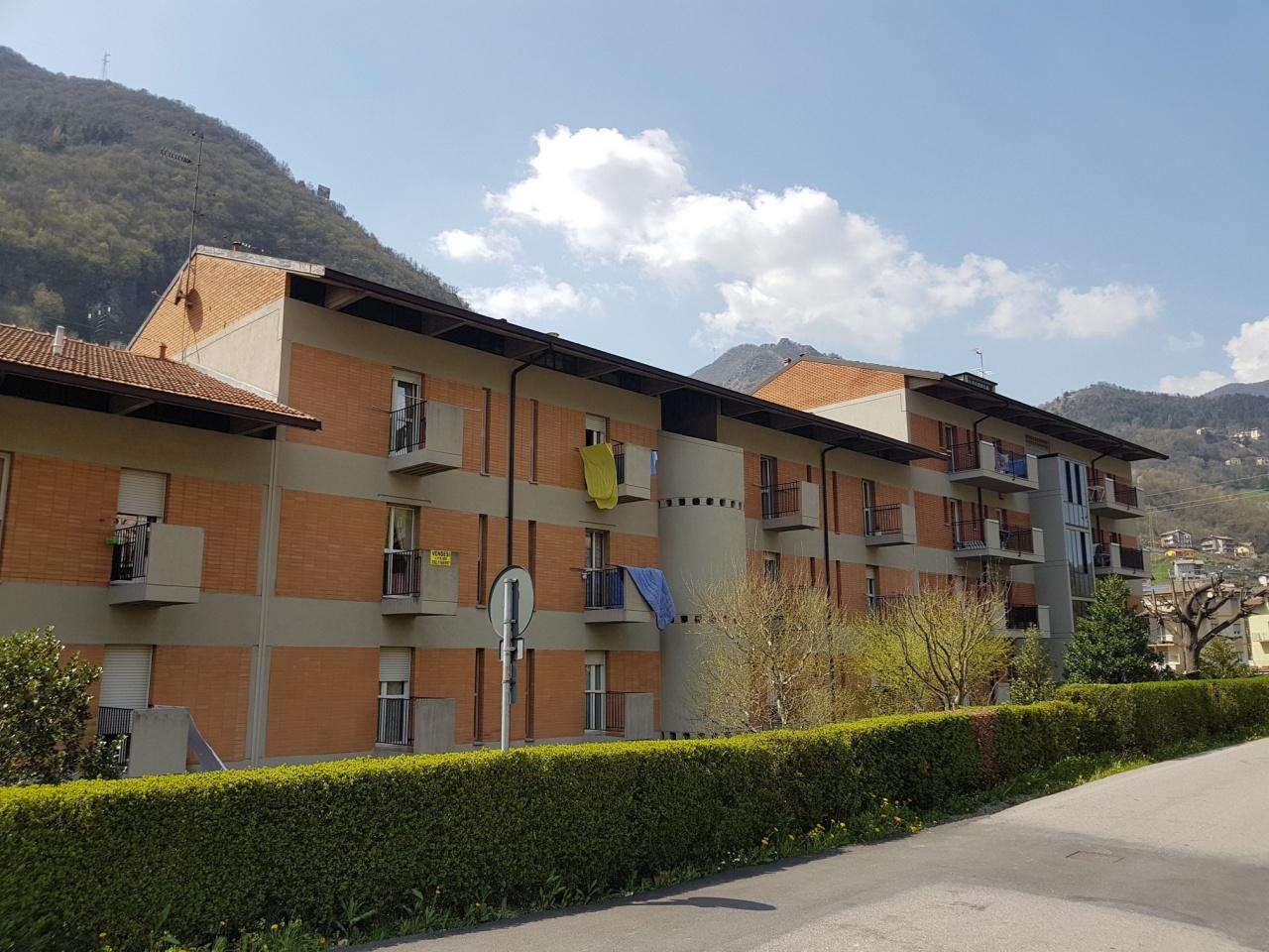 Appartamento in vendita a San Pellegrino Terme, 6 locali, prezzo € 114.000 | PortaleAgenzieImmobiliari.it