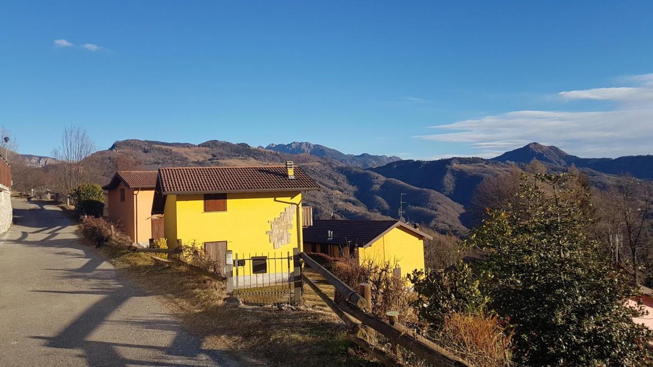 Villa a Schiera in vendita a Camerata Cornello, 4 locali, prezzo € 95.000   PortaleAgenzieImmobiliari.it