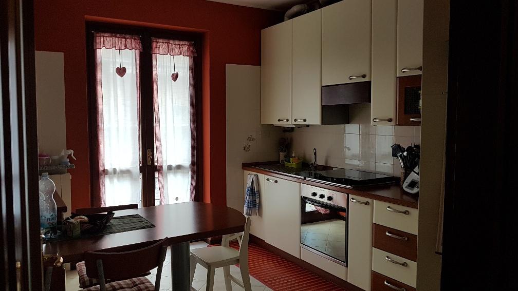 Appartamento in ottime condizioni in vendita Rif. 8615762