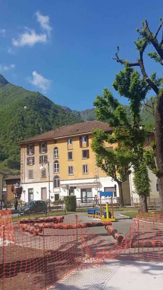 Albergo in vendita a San Pellegrino Terme, 33 locali, prezzo € 999.000 | CambioCasa.it