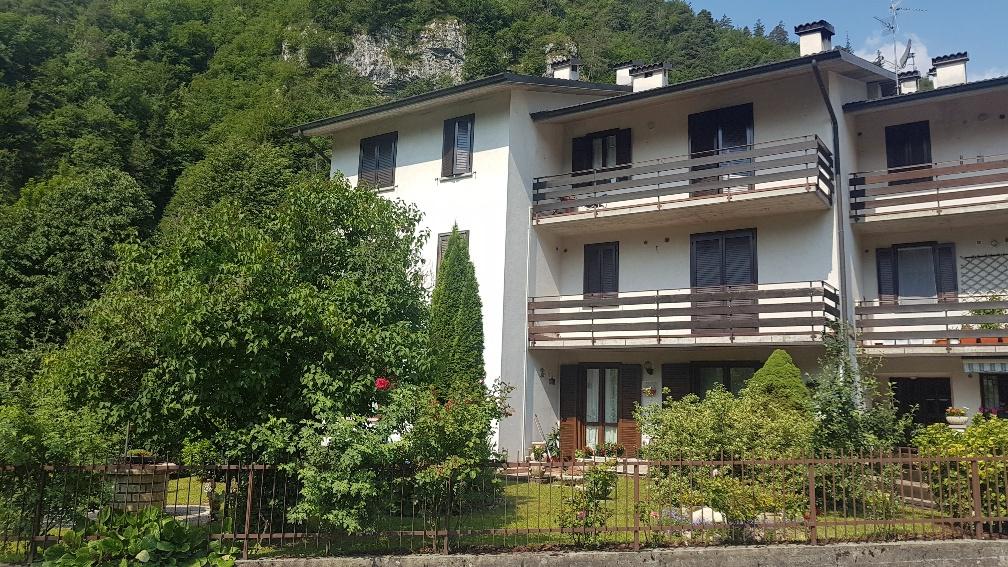 Appartamento in ottime condizioni arredato in vendita Rif. 10490184
