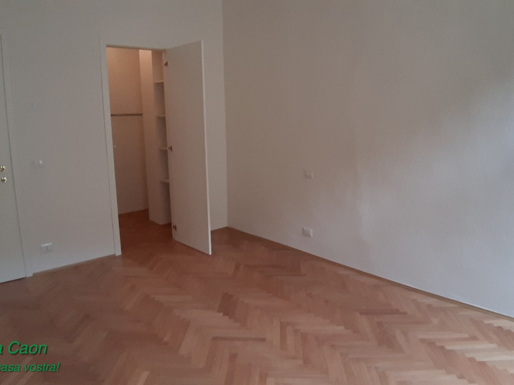 Appartamento in ottime condizioni arredato in affitto Rif. 9978881