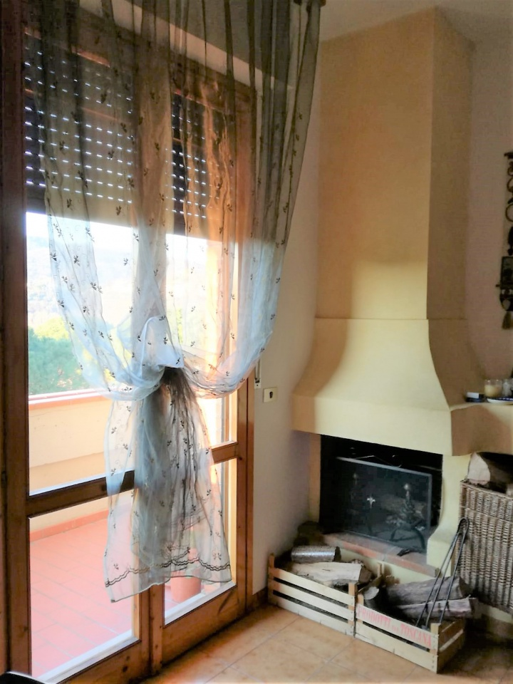 Appartamento, 90 Mq, Vendita - Carmignano (PO)