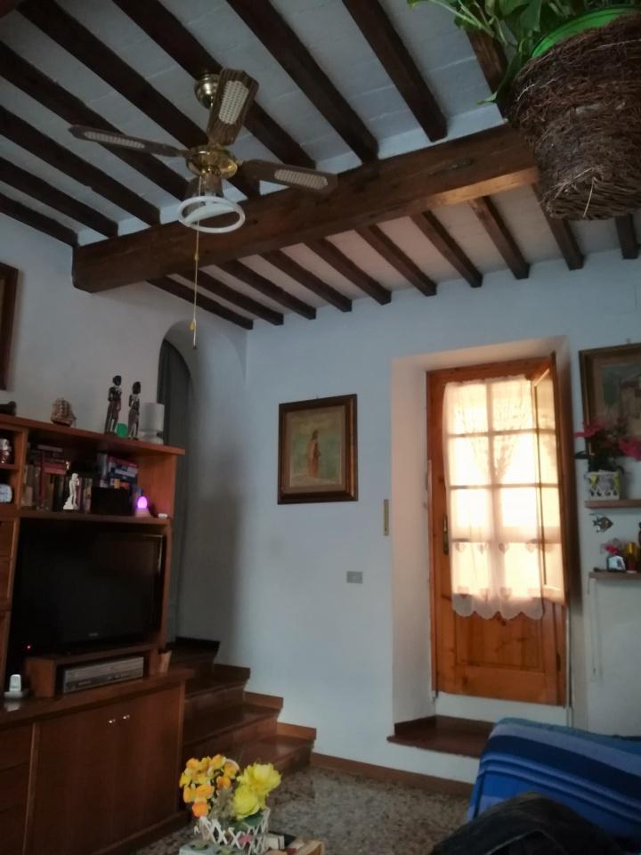 Casa Indipendente in buone condizioni in vendita Rif. 10229157