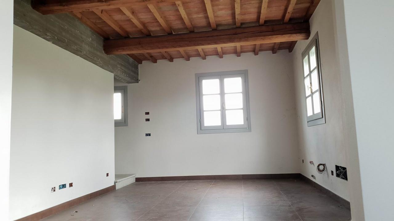 Villa Unifamiliare - Indipendente, 110 Mq, Vendita - Prato (PO)