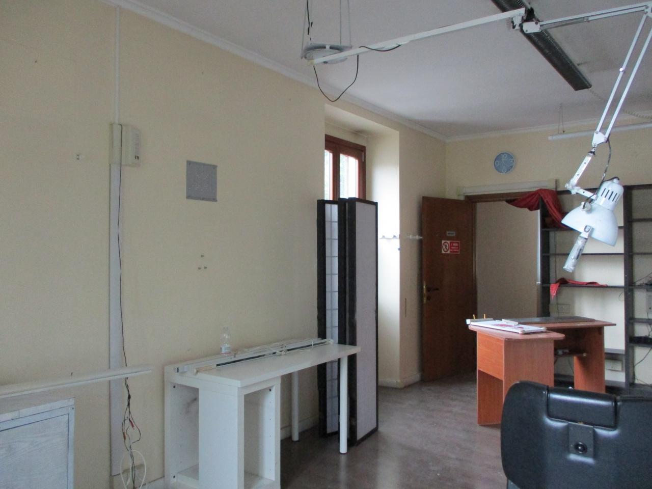 Ufficio, 55 Mq, Affitto - Prato (PO)