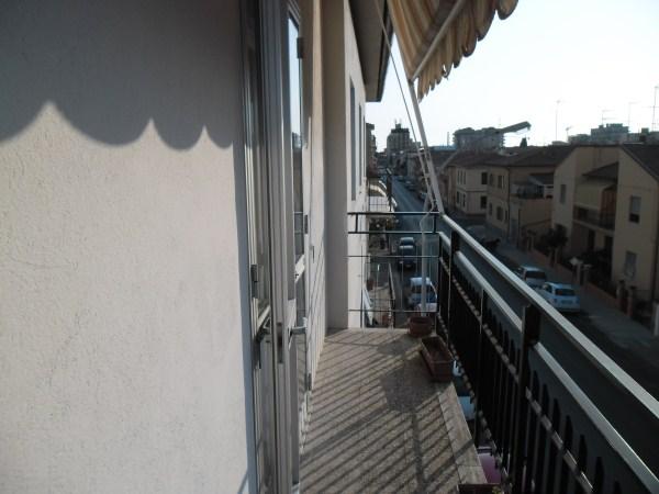 Appartamento in vendita a Cecina, 4 locali, prezzo € 170.000 | Cambio Casa.it