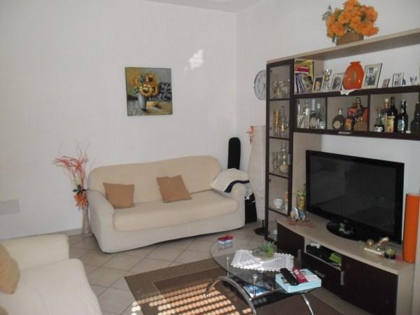 Appartamento in vendita a Cecina, 4 locali, prezzo € 150.000 | Cambio Casa.it