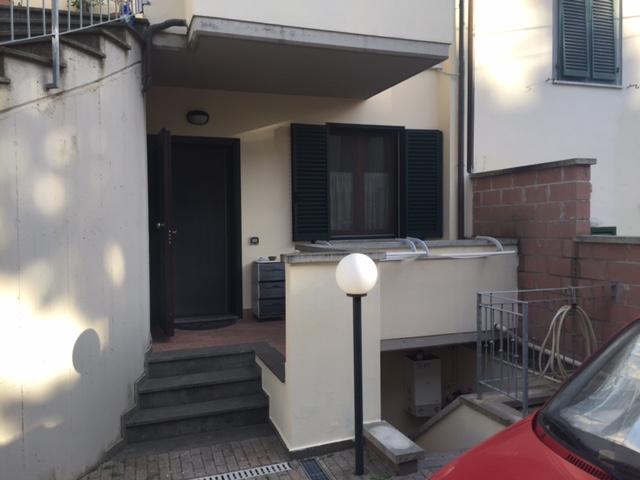 Soluzione Indipendente in vendita a Cecina, 2 locali, prezzo € 145.000 | Cambio Casa.it