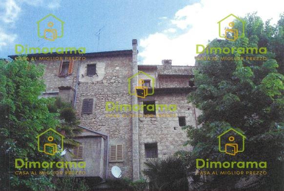 Appartamento in vendita a Carbognano, 3 locali, prezzo € 5.250   CambioCasa.it
