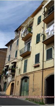 Appartamento in vendita a Vignanello, 5 locali, prezzo € 21.000   CambioCasa.it
