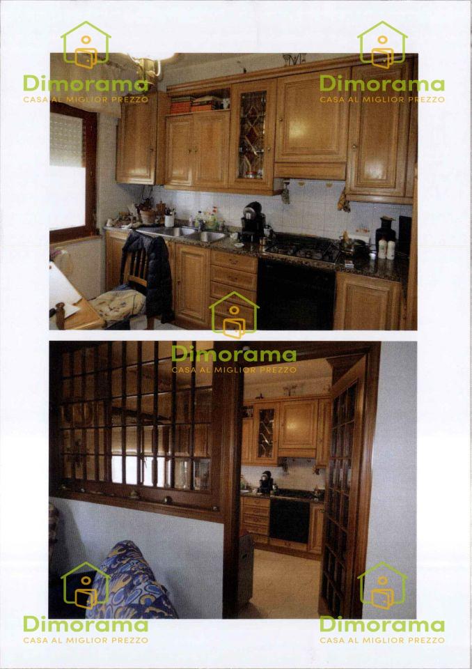 Appartamento in ottime condizioni in vendita Rif. 10564432