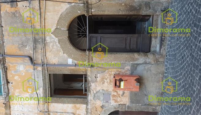 Appartamento monolocale in vendita a Capranica (VT)