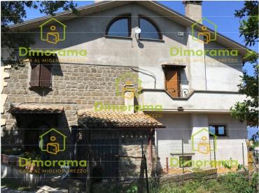 Appartamento quadrilocale in vendita a Montefiascone (VT)