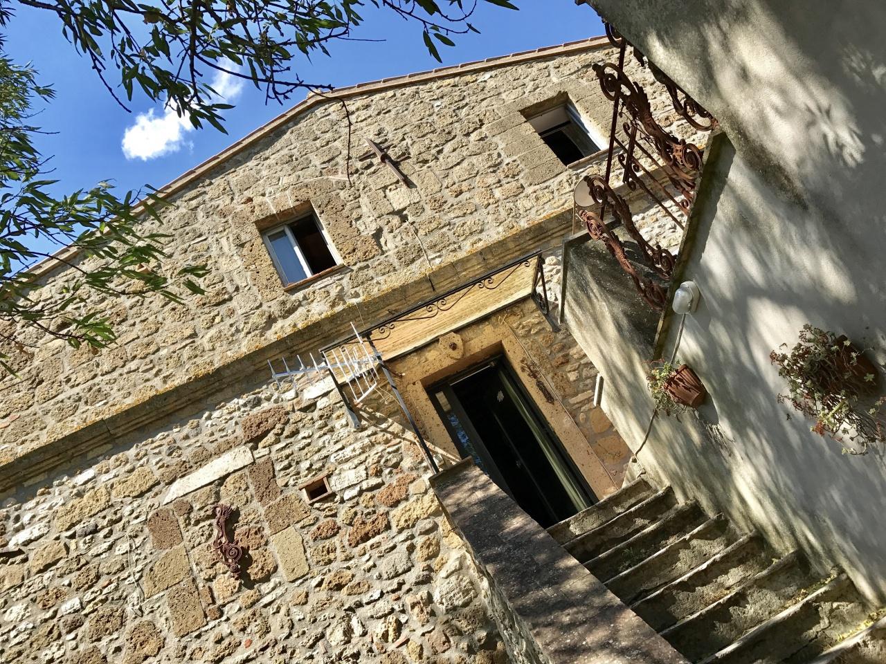 Rustico / Casale in buone condizioni in vendita Rif. 4779434