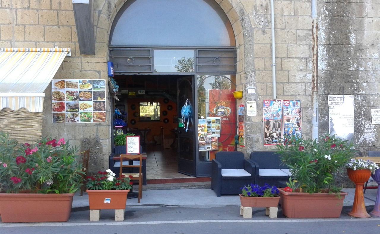 Bar in vendita a Sorano, 3 locali, prezzo € 32.000 | CambioCasa.it