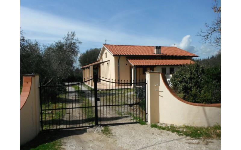 Rustico / Casale in ottime condizioni in vendita Rif. 5881396