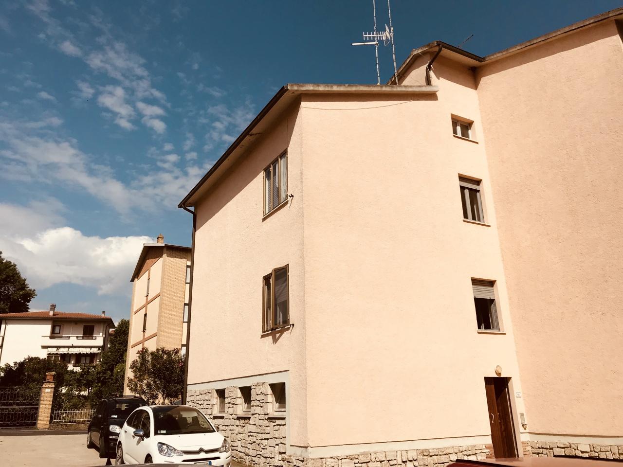 Appartamento da ristrutturare in vendita Rif. 6767140
