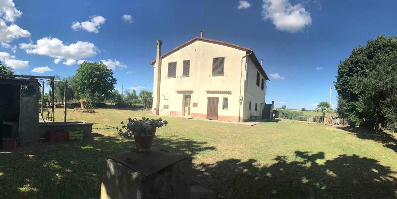 Rustico / Casale in discrete condizioni in vendita Rif. 7130806