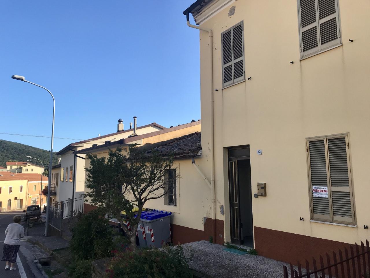 Rustico / Casale in discrete condizioni in vendita Rif. 7715284