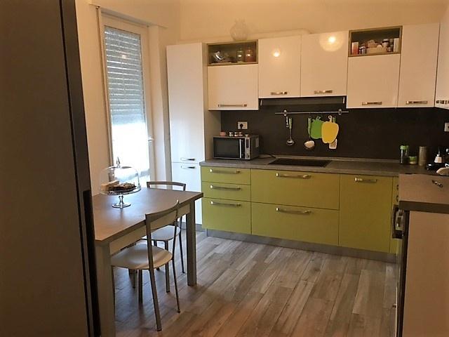 Appartamento ristrutturato in vendita Rif. 11350618