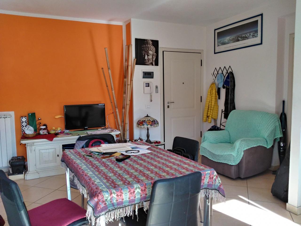 Appartamento in ottime condizioni in vendita Rif. 9943089