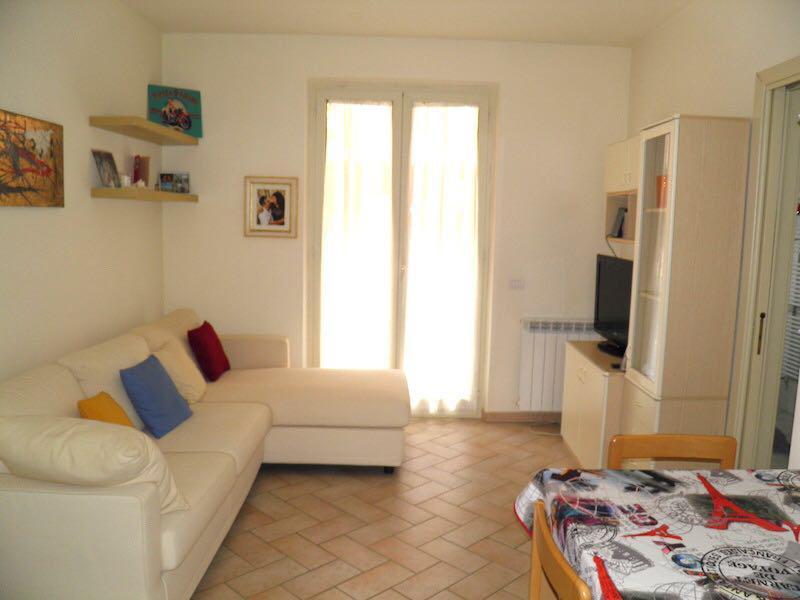 Appartamento in ottime condizioni in vendita Rif. 10005348