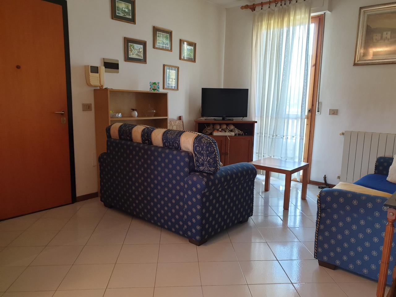 Appartamento da ristrutturare in vendita Rif. 10402709
