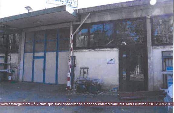 Magazzino - capannone in vendita Rif. 10038259