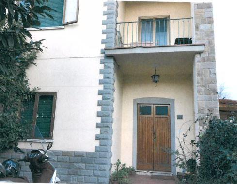 Casa Indipendente in vendita Rif. 9636527