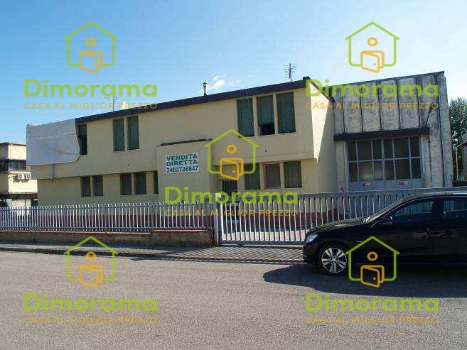 Magazzino - capannone in vendita Rif. 10780345