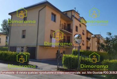 Appartamento in ottime condizioni in vendita Rif. 11350632